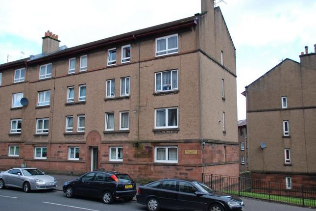 Thumbnail Flat to rent in East Shaw Street, Greenock