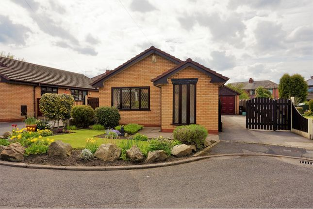 Thumbnail Bungalow to rent in Ryecroft View, Manchester