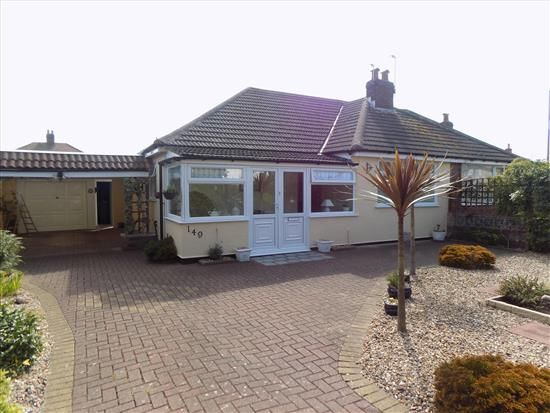 Thumbnail Bungalow to rent in Blackpool Road North, Lytham St. Annes