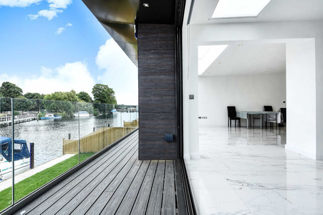 Thumbnail Property to rent in Riverside, Staines