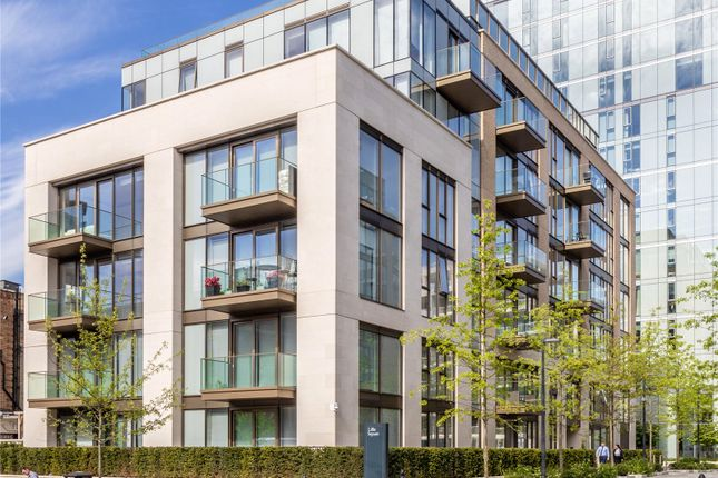 Thumbnail Flat for sale in Lillie Road, London