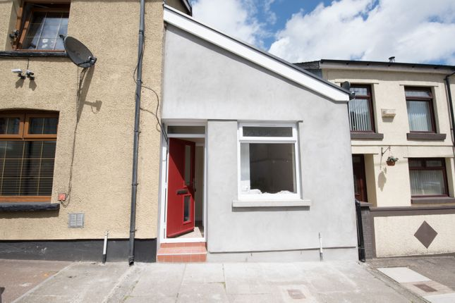 Thumbnail Maisonette for sale in Abercynon Road, Abercynon, Mountain Ash