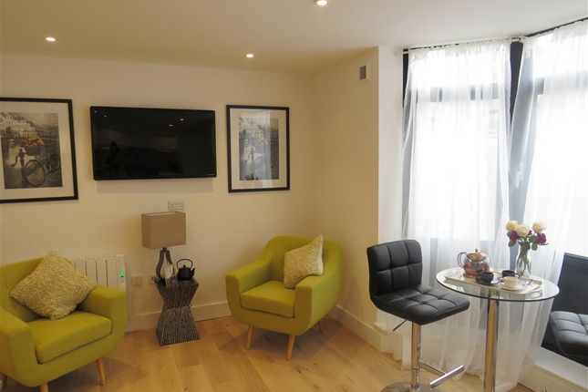 Thumbnail Flat to rent in Russell Mews, Brighton