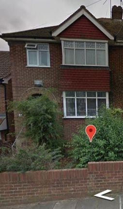 Thumbnail Shared accommodation to rent in Harvel Avenue, Rochester, Medway
