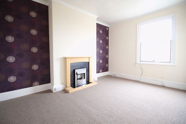 Thumbnail Flat to rent in Cromwell Terrace, Scarborough