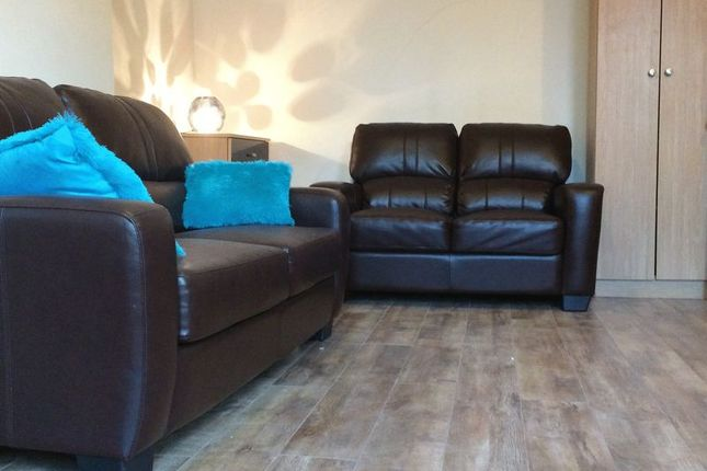 Thumbnail Flat to rent in Smithdown Road, Liverpool