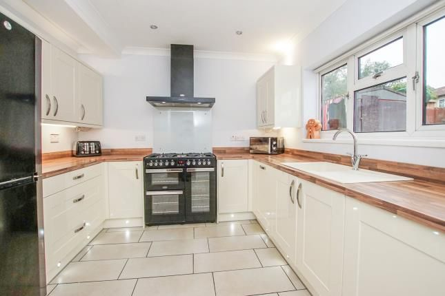 Kitchen of London Road, Warmley, Bristol BS30