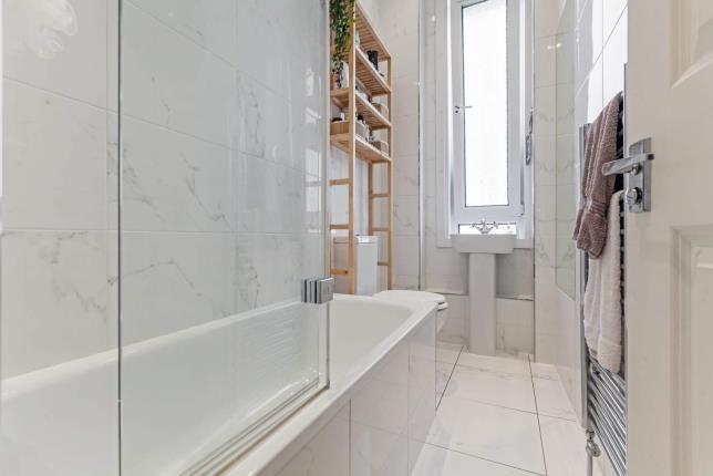 Bathroom of Clarence Drive, Hyndland, Glasgow G12