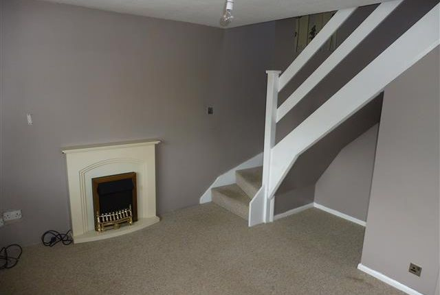 Thumbnail Semi-detached house to rent in Borrowdale Crescent, Dinnington, Sheffield