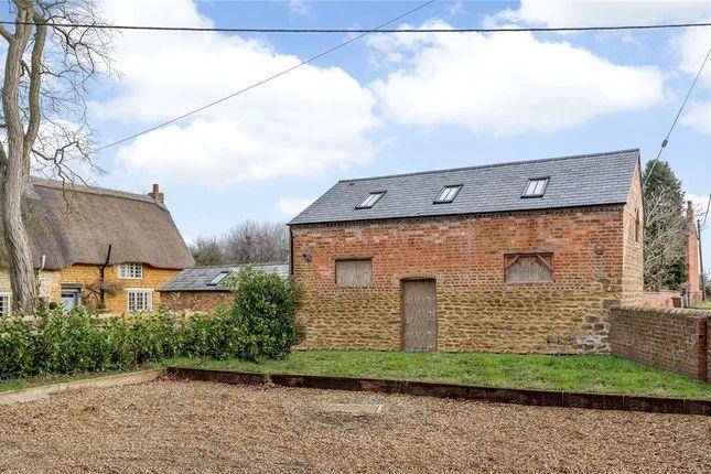 Thumbnail Barn conversion for sale in Wards Lane, Yelvertoft, Northamptonshire