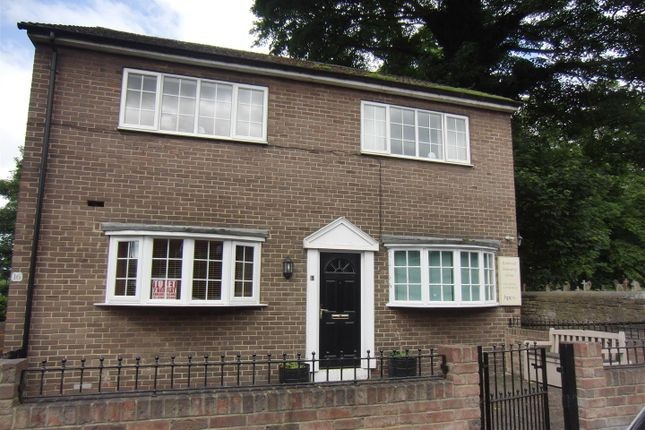Thumbnail Flat to rent in Meynell Avenue, Rothwell, Leeds