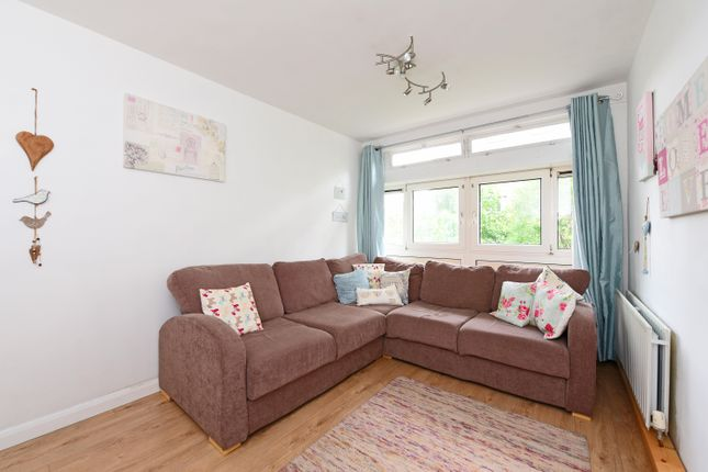 1 bed flat for sale in Upper Richmond Road, London
