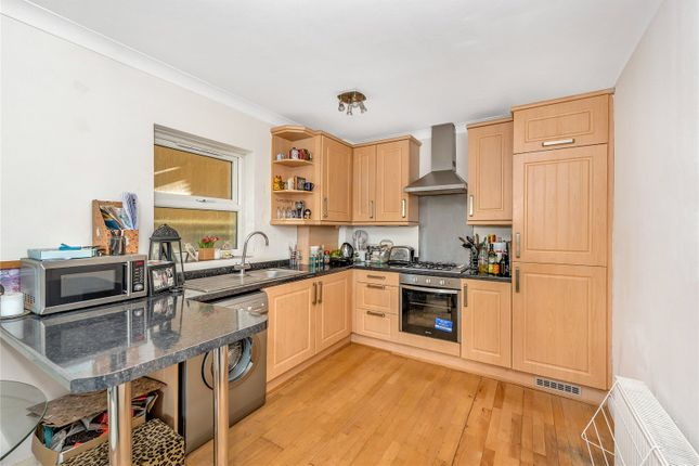 Thumbnail Flat to rent in Addley Court, 435 Chiswick High Road, Chiswick, London