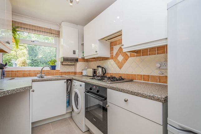 Kitchen of Hillbrow, Reading RG2