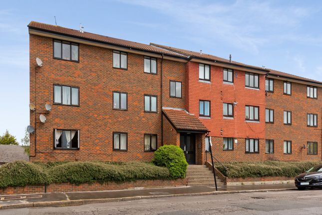 2 bed flat for sale in Princess Road, Croydon CR0