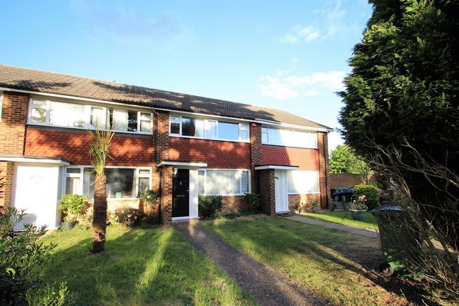 Thumbnail Terraced house to rent in Dundas Gardens, West Molesey