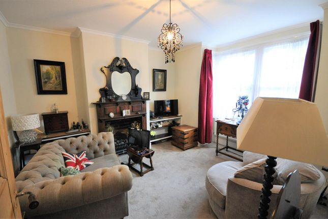 Lounge of Balmoral Road, Watford WD24