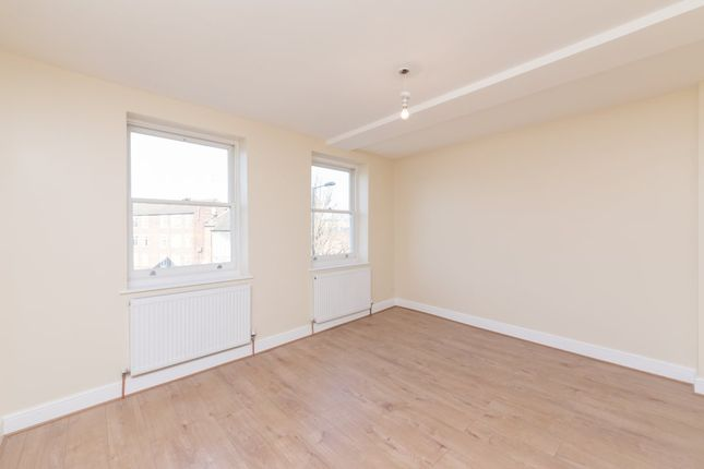 Thumbnail Flat to rent in Marton Road, London