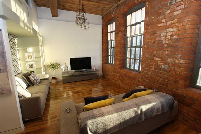 Thumbnail Flat to rent in Ellesmere Street, Manchester