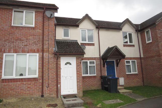 Thumbnail Maisonette to rent in Rupert Close, Devizes