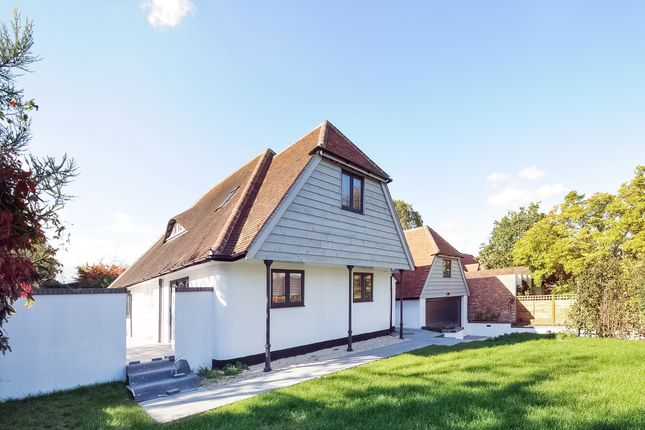 Thumbnail Detached house to rent in Pound Lane, Sonning