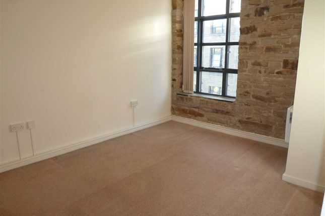 Bedroom of Parkwood Mills, Longwood, Huddersfield HD3