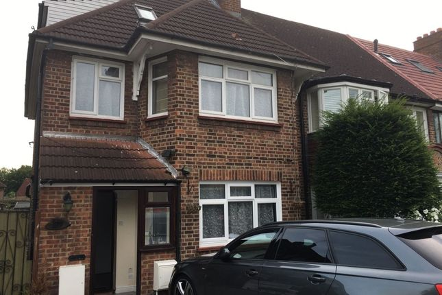 4 bed end terrace house to rent in Syon Lane, Isleworth, London