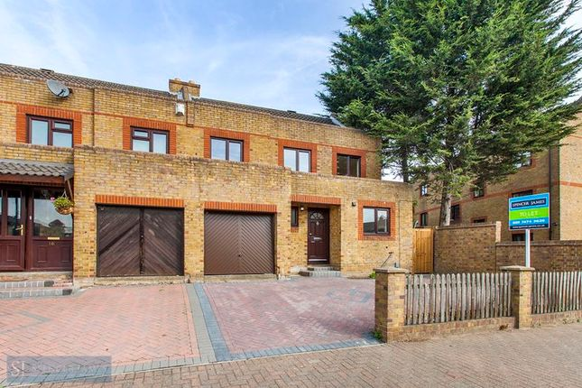 Thumbnail Semi-detached house to rent in Yarrow Crescent, London