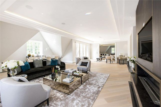 Thumbnail Flat for sale in The Bishops Avenue, Hampstead Garden Suburb, London