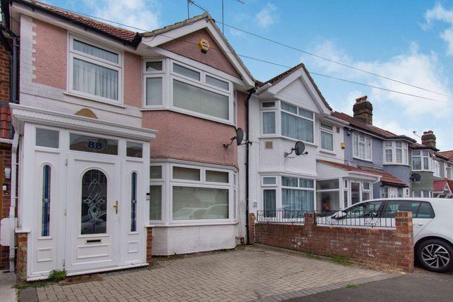 Thumbnail Terraced house for sale in St. Leonards Gardens, Heston, Hounslow