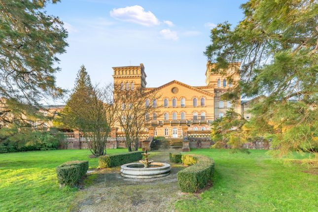 2 bed penthouse for sale in Cavendish House, Southdowns Park RH16