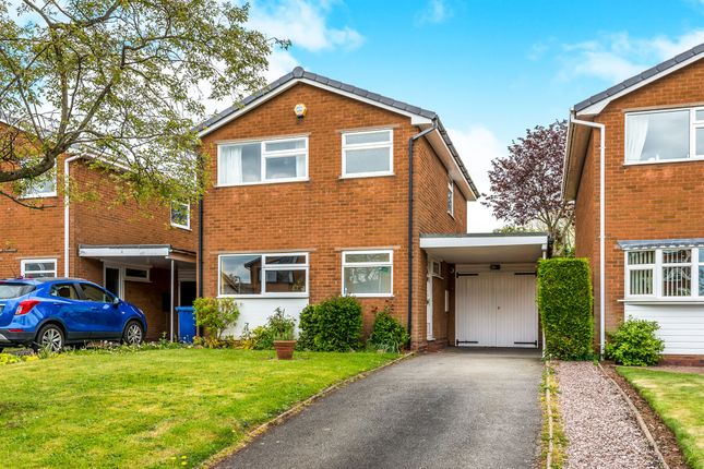 3 bed detached house for sale in Worcester Close, Lichfield