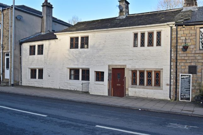 4 bed terraced house for sale in Burnley Road, Todmorden