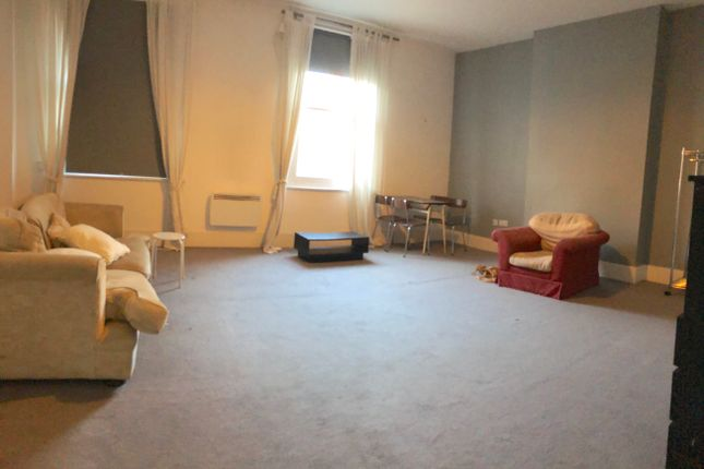 Thumbnail Flat to rent in High Street, Hounsow