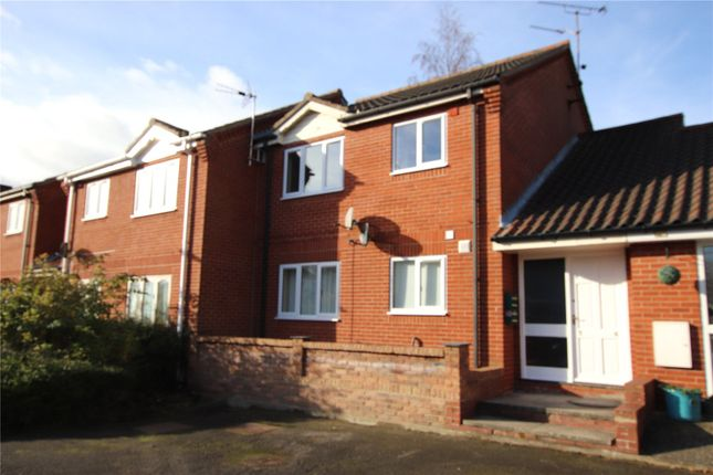 2 bed flat for sale in Church View, Barton-Upon-Humber, North Lincolnshire DN18