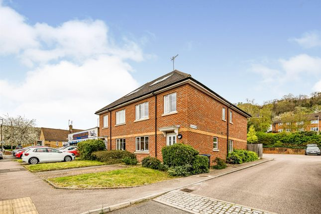2 bed flat for sale in Micklefield Road, High Wycombe HP13