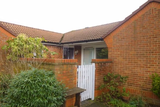 Bungalow for sale in Cheviot Close, Harlington, Hayes