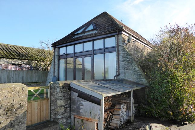 Thumbnail Cottage to rent in Highcroft Cottage, West Woodlands