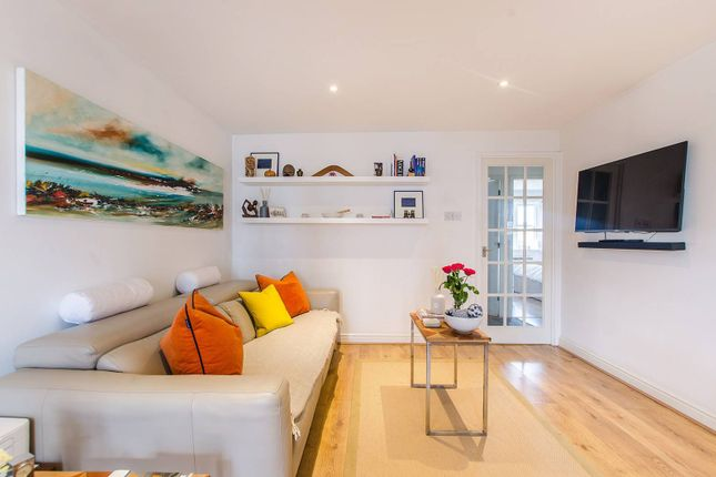 Thumbnail Flat to rent in Glaisher Street SE8, Deptford, London,