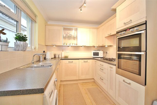 Kitchen of Hillview Road, Worthing, West Sussex BN14