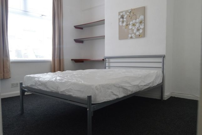Thumbnail Room to rent in Ashfields New Road, Newcastle-Under-Lyme, Newcastle-Under-Lyme