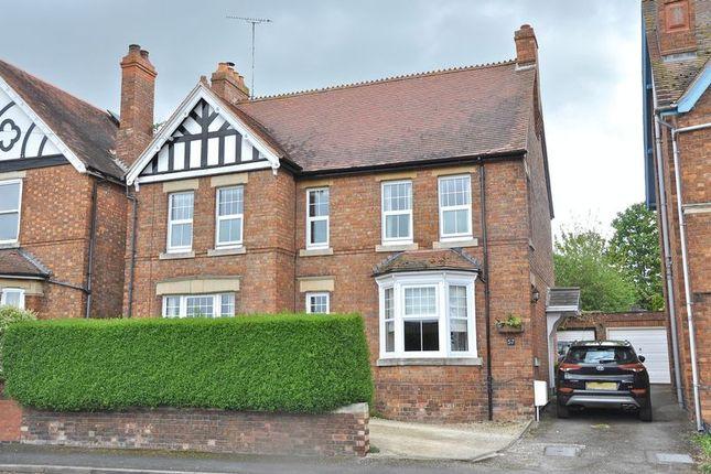 homes for sale in northwick road evesham wr11 buy. Black Bedroom Furniture Sets. Home Design Ideas