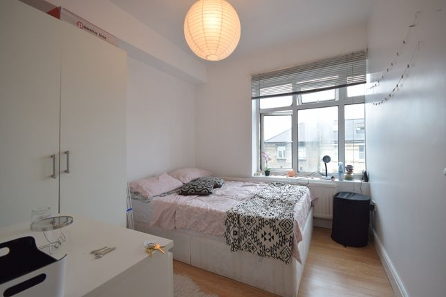 Thumbnail Flat to rent in Hornsey Road, Holloway