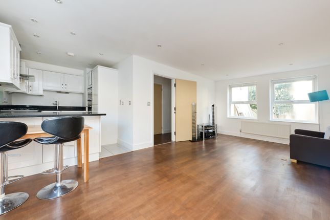 Thumbnail Flat for sale in Silkin Mews, London