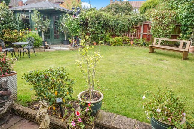 Gardens of Cutshill Close, Birmingham B36