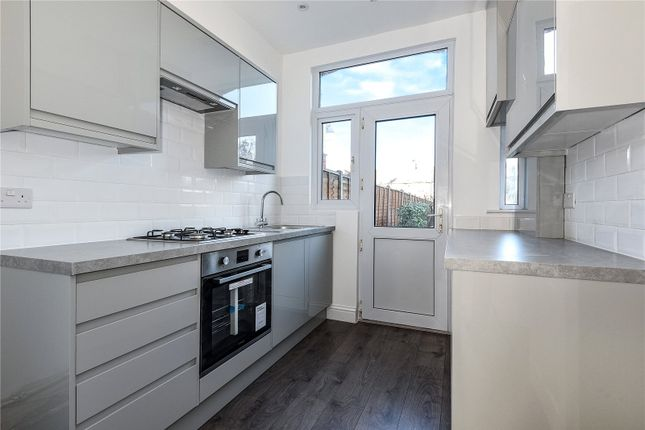 3 Bed Terraced House To Rent In Berkshire Gardens, Palmers Green, London