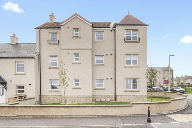 Thumbnail Flat for sale in 32A, Wymet Gardens, Millerhill