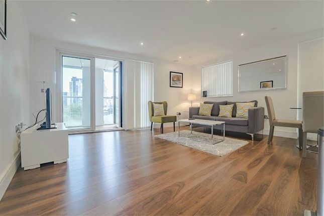 2 bed flat for sale in Talisman Tower, Lincoln Plaza, London