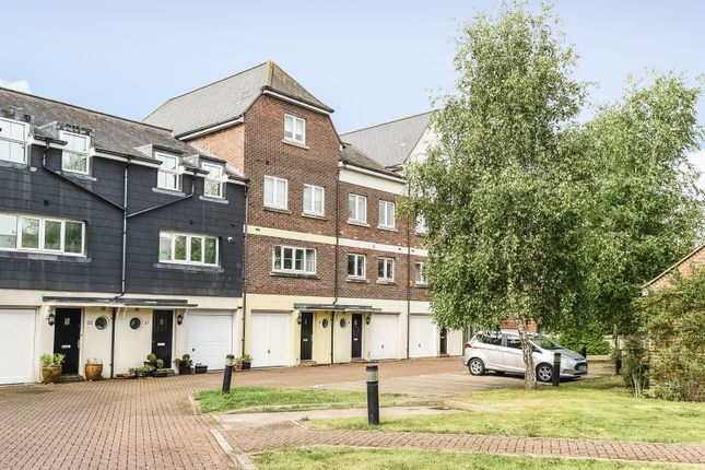 Thumbnail Terraced house to rent in Netley Court, Surrey Street, Littlehampton