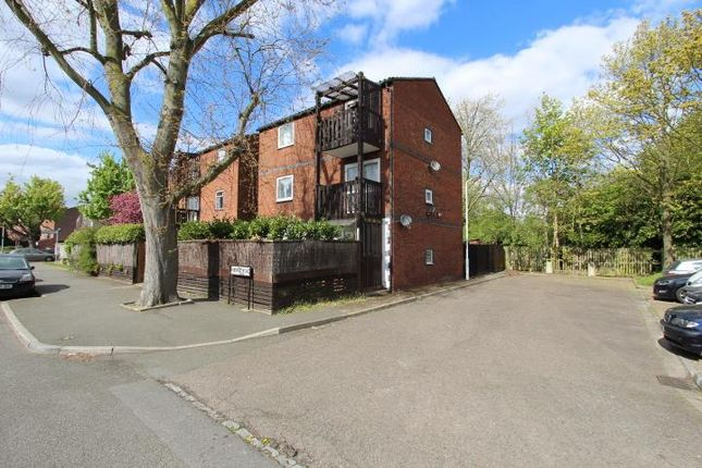 Thumbnail Maisonette to rent in Hobart Road, Hayes